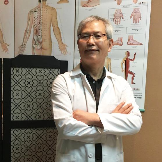 Monterey Acupuncturist Dr. Jooman Lee